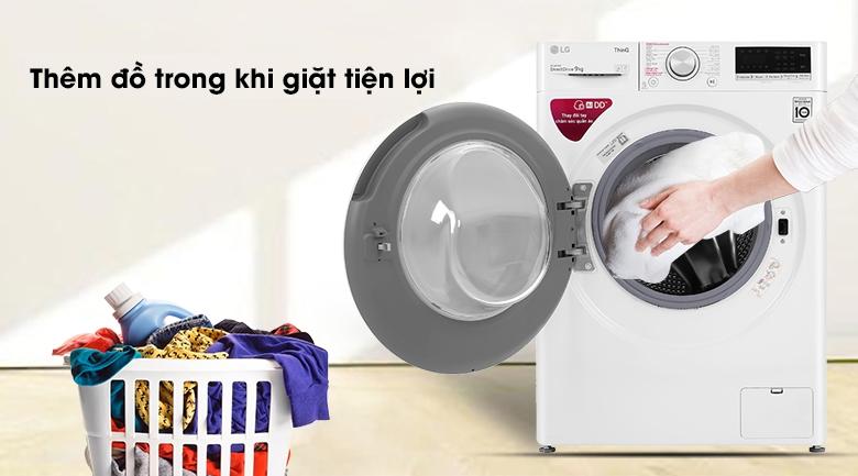Máy giặt LG Inverter 9 kg FV1409S4W - Thêm đồ trong khi giặt